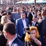 """""""Na zhgënjeve me Kavajën"""", Rama i përgjigjet komentuesit: Fati i Shqipërisë nuk është lojë luftash"""