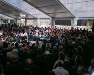 Skënderbeu dhe Azem Hajdari! Ky është Himni i çadrës së opozitës (Video)