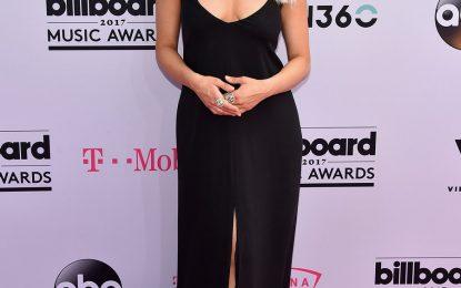 """Top 7 veshjet më të bukura në """"Billboard Awards"""", ndër to dhe 2 shqiptare (Foto)"""