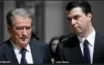 Pas mbledhjes me aleatët e PD, Basha takon Berishën