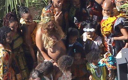 """Beyonce bën tatuazh """"henna"""" në barkun e saj"""