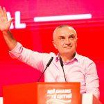 Ikën Meta me një fjalim emocionues, zgjidhet Petrit Vasili kryetar i LSI