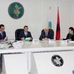 Kryetari i KQZ, Denar Biba dhe anetaret Gezim Veleshnja, Edlira Jorgaqi, Bledar Skenderi, Hysen Osmanaj, Vera Shtjefni dhe Klement Zguri, gjate nje mbledhje te Komisionit Qendror te Zgjedhjeve, ku eshte diskutuar kerkesa e prokurorise per heqjen e mandatit te deputeteve Dashamir Tahiri dhe Shkelqim Selami, si dhe shkarkimin e kryebashkiakut te Kavajes, Elvis Roshi./r/n/r/nHead of the CEC, Denar Biba and members, Gezim Veleshnja, Edlira Jorgaqi, Bledar Skenderi, Hysen Osmanaj, Vera Shtjefni dhe Klement Zguri, during a meeting of the Central Election Commission, in which was discussed the request of the prosecution for the removal of lawmakers mandates Dashamir Tahiri and Shkelqim Selami and dismissal of Kavaja's mayor Elvis Roshi.