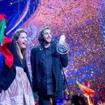 """Mesazhi i fituesit të Eurovizionit i bie në kokë """"këngëtarëve shqiptarë"""" (VIDEO)"""