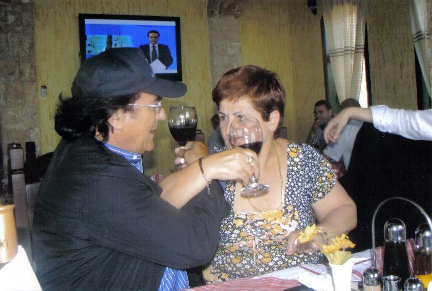 20 maji, ditëlindja e Al Bano Karrisit. E feston edhe si vlonjat