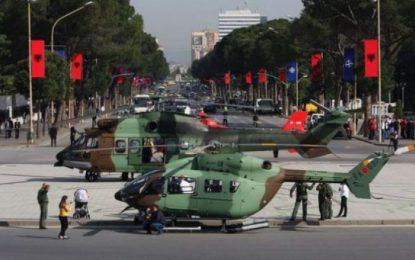 Qeveria si Junte policore e ushtarake. Shkarkime fashiste në administratë