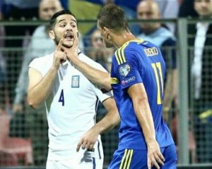 Plas grushti në ndeshjen Bosnje-Greqi