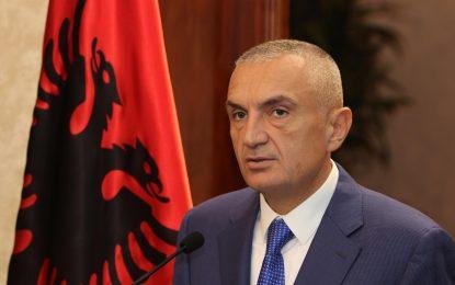 Meta, thirrje të fortë shqiptarëve: Ngrihuni kundër bandave të Rilindjes