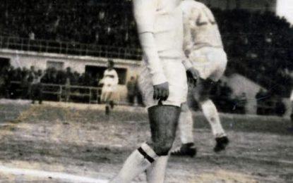 Ndahet nga jeta portieri i njohur i Lokomotivës së Durrësit, Naim Dollaku