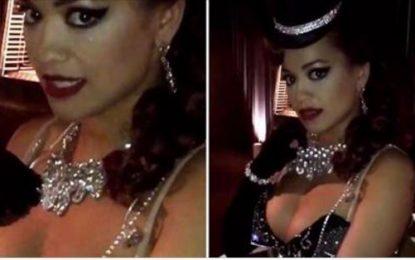 Rita Ora mbulohet e gjitha me diamante
