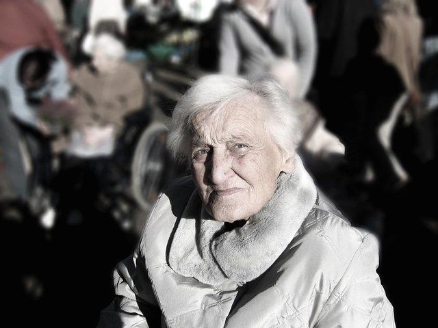 Si të jetojmë më gjatë? 100 vjeçarja na tregon 2 sekrete