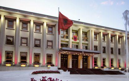Meta, një president ndryshe për Shqipërinë