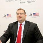 Zv/ambasadori i SHBA: Korrupsioni i përhapur, duket sikur s'doni biznesin
