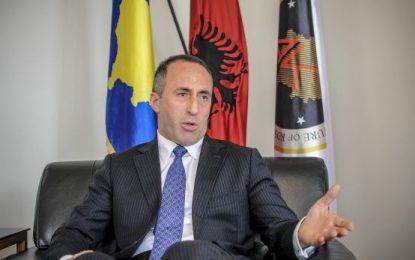 Ministri akuzohet se ka keqtrajtuar qytetarët në 1999, çfarë vendimi merr Haradinaj
