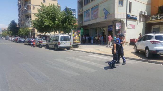 Atentat mafioz në mes të ditës në Shkodër. Plagosen tre persona (VIDEO)
