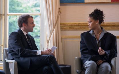 Rihanna takohet me presidentin francez Macron