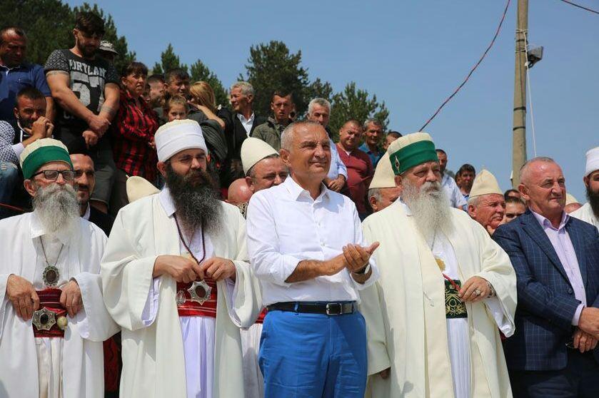 Festa në malin e Tomorrit. Meta: Progres në ripërtëritjen e besimeve fetare