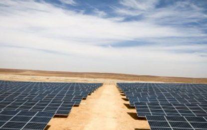 Kamp refugjatësh me energji diellore?