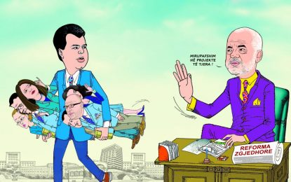 Basha u jep poste 'ministrave'? Karikaturat e Kapexhiut bëhen hit