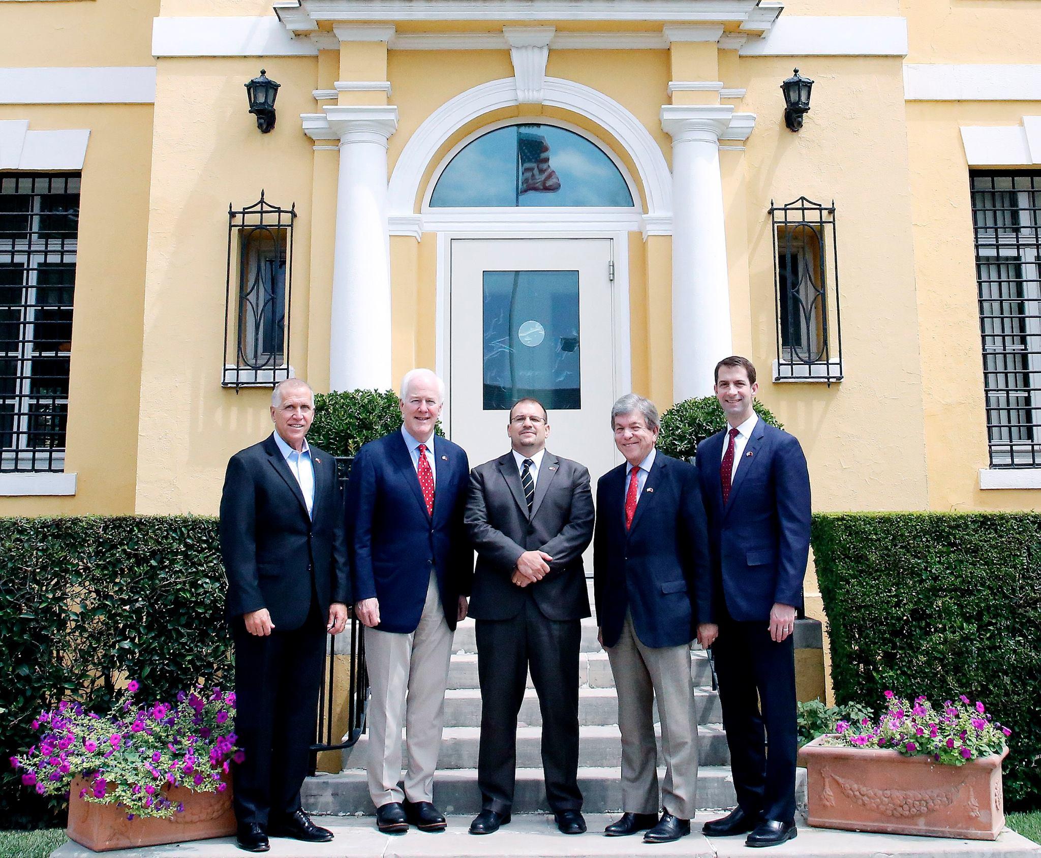Ambasada e SHBA zbardh vizitën e 4 senatorëve amerikanë në Tiranë: Pse u takuan me Presidentin Meta