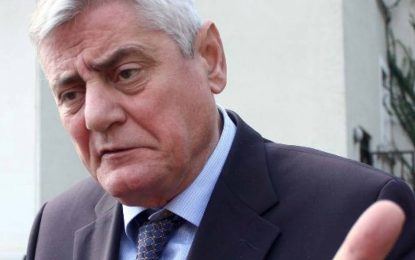 Dashamir Shehi: Për t'i bërë fresk Edi Ramës qëndrojnë ministrat e PD?!