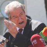 """""""Qytetarë, ky është narko-shteti! Vetëm rrëzimi Noriegës shpëton Shqipërinë!"""""""