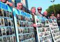 Ish-të përndjekur politikë futen në grevë urie