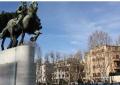 FOTO/ Nuk keni për ta besuar! Ja çfarë shkruhet në statujën e Skënderbeut në Romë