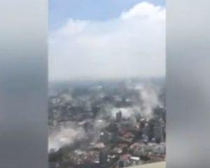 Meksikë – Videoja e filmuar me telefon tregon dëmet e shkaktuara nga tërmeti