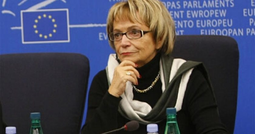 Doris Pack: Pse nuk flet Romana Vllahutin