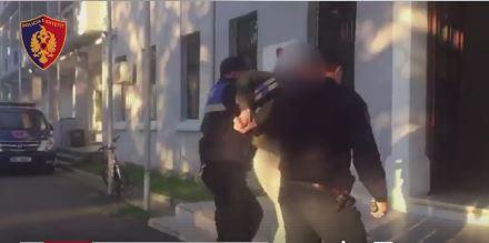 VIDEO/ Të dënuar për vrasje e plagosje, arrestohen dy të shumëkërkuarit në Shkodër