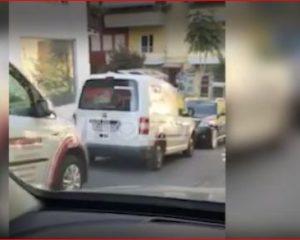 VIDEOLAJM/ Ja çfarë po ndodh tani tek shtëpia e Saimir Tahirit
