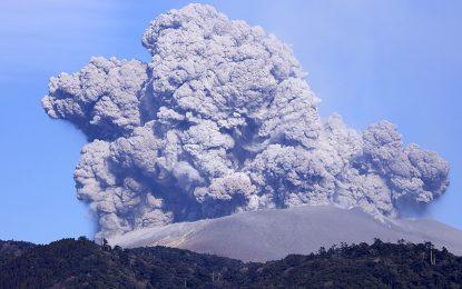 Shpërthen vullkani në Japoni
