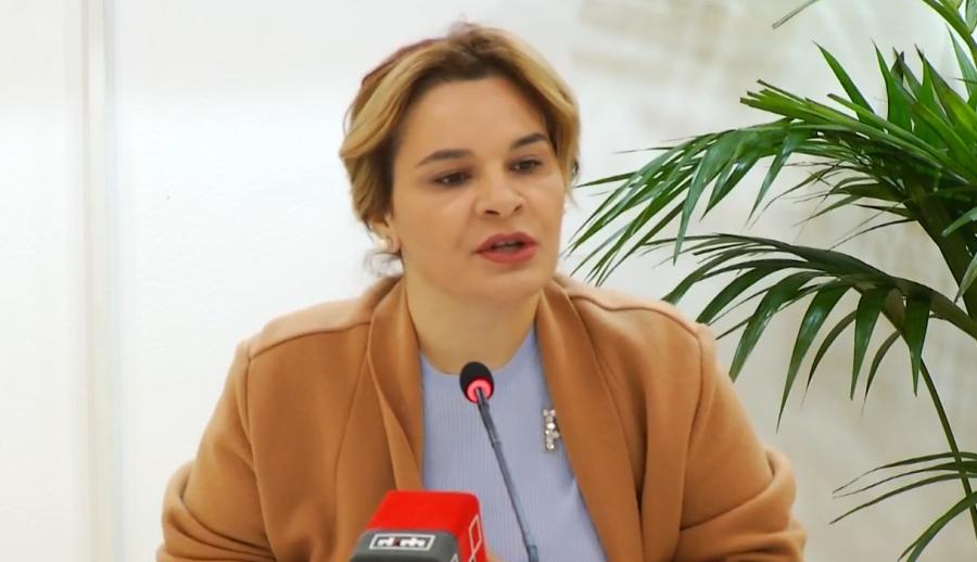 Monika Kryemadhi: Bashkëpunëtori i afërt i Saimir Tahirit sfidon ONM