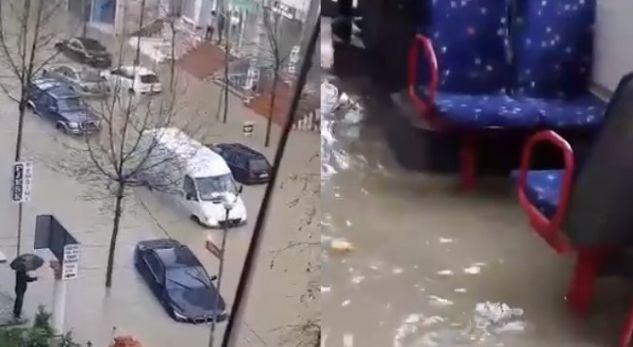Moti i keq mbyll shkollat në Durrës