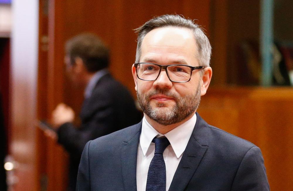 Ministri gjerman për Evropën,Roth: Hetoni ish-ministrin Tahiri dhe hajdeni në BE