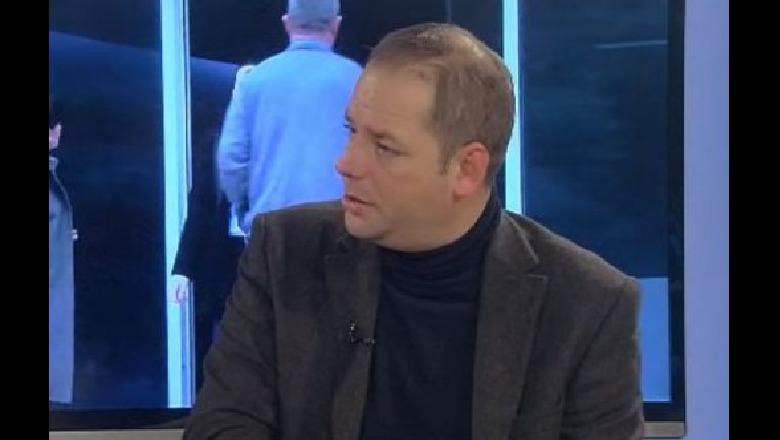 Basha takohet me kritikët  Kulluri  Nuk zhbën dot krizën