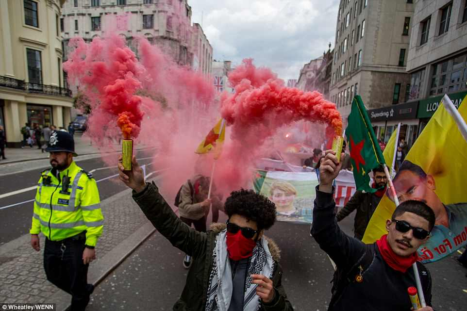 Fansens protest mot milan
