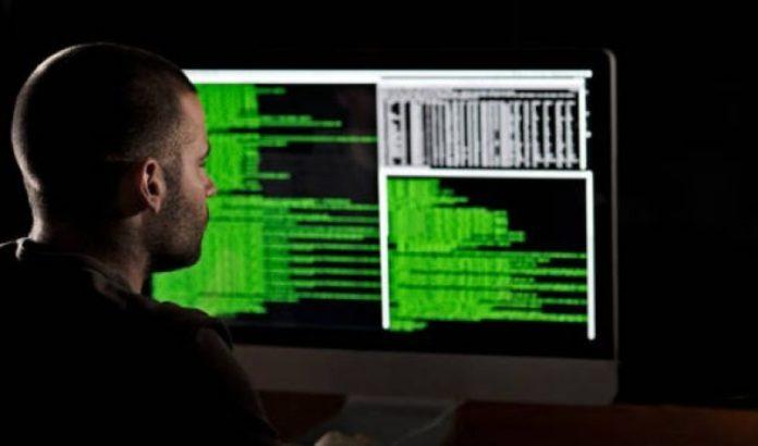 Hakerët rusë mashtrojnë operatorët turistikë në Shqipëri