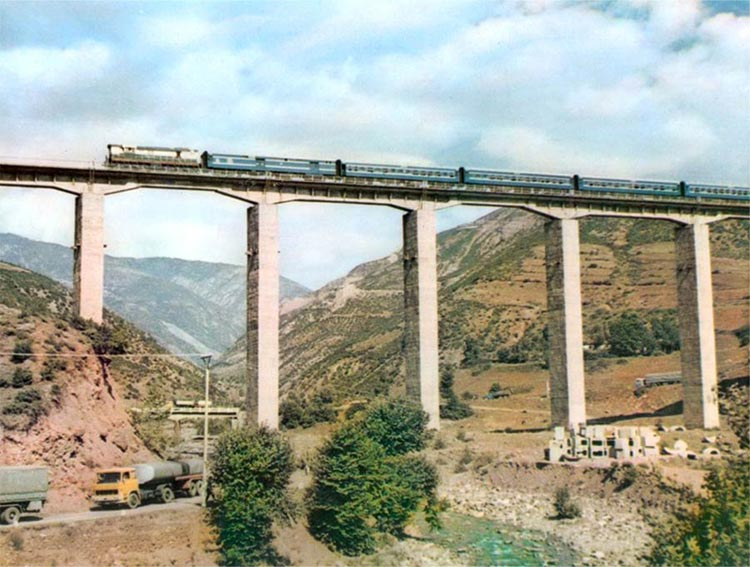 Shumë ura në vend rrezikojnë shembjen