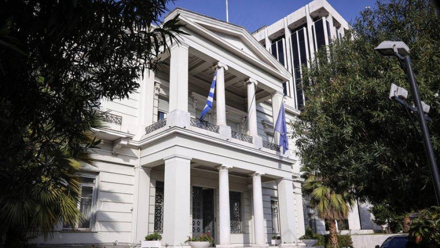 Skandali i madh. Greqia financon mediat në Shqipëri, 1 milion euro vetëm për portalet
