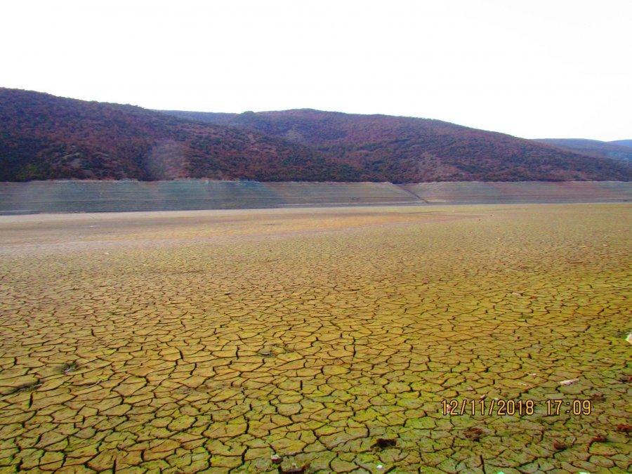 Po vjen tmerri energjitik  liqenet po thahen