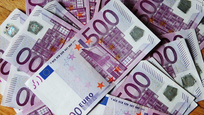 Zhvlerësimi i euros, eksportet humbën 105 mln euro në 2018. Paraja kriminale e qeverisë