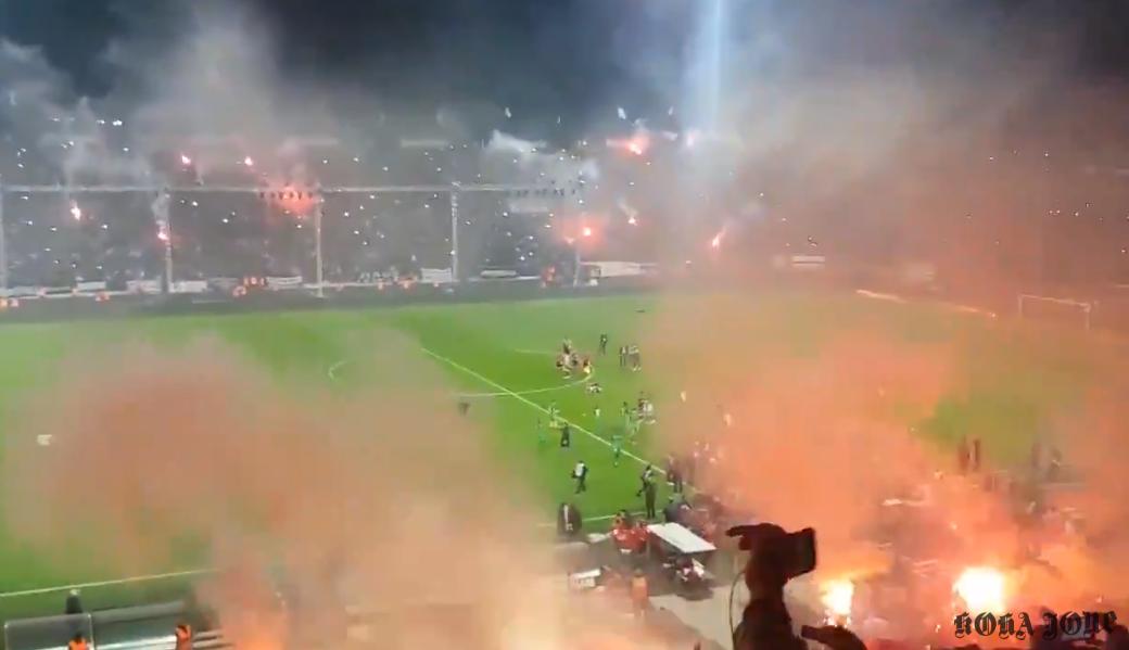PAOK feston në mënyrë spektakolare titullin kampion pas 34 vitesh