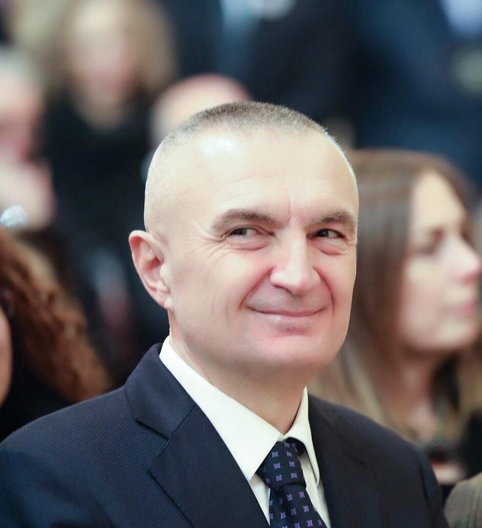 Presidenti Ilir Meta: Nuk është momenti për retorikë force, por për dialog