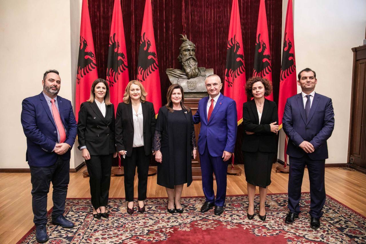 Presidenti Meta: Pas dy vitesh nis funksionimi i Gjykatës Kushtetuese