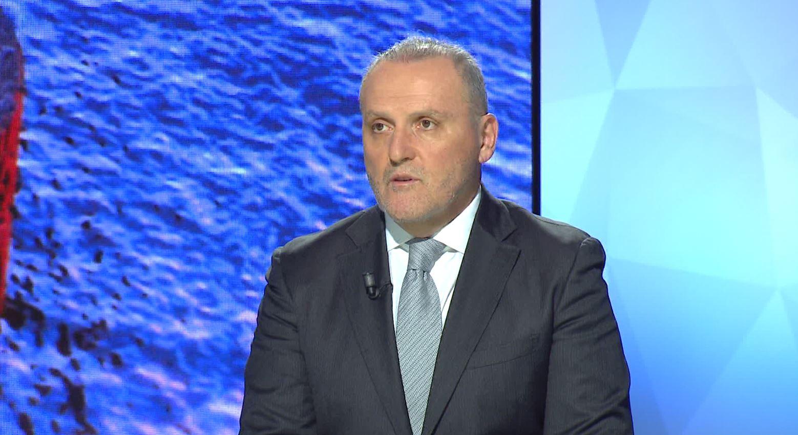 Surroi për akuzat e Ramës  Kosova s u vetëpërjashtua nga minishengeni  s ka qenë pjesë e tij